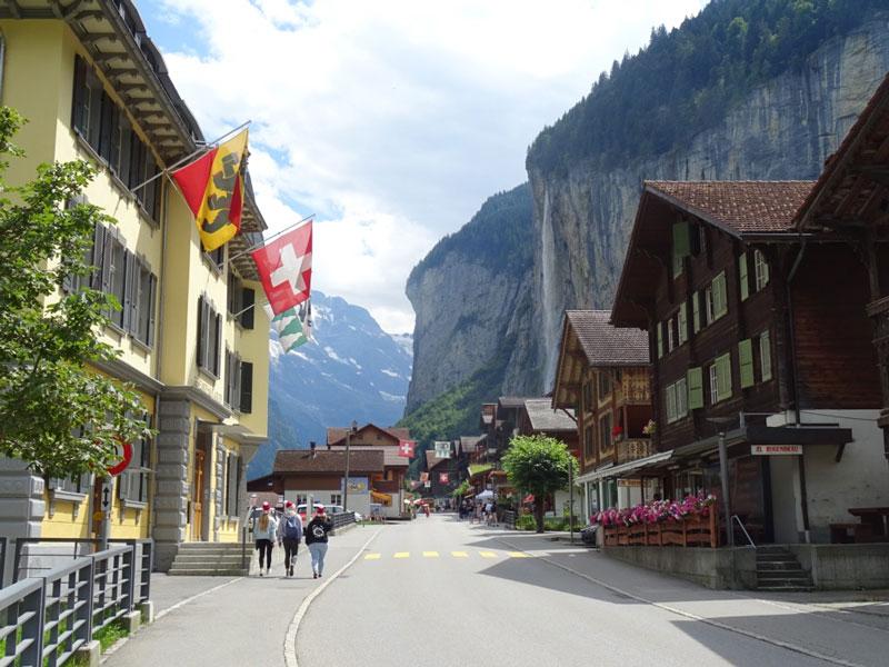 Lauterbrunnen's pretty main street