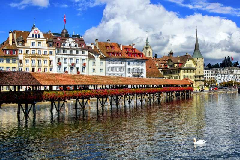 Lucerne hotels guide