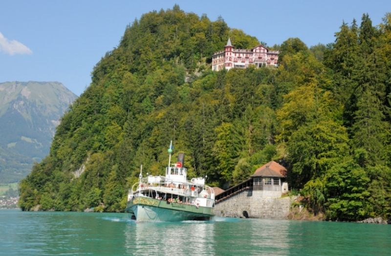 Boat cruises on Lake Brienz are a relaxing way to visit the lakeside villages and the Grandhotel Giessbach.